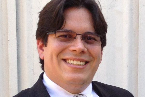 Dr. Herbert Ayala